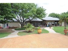 151 Beacon Hill Rd, Buda, TX 78610