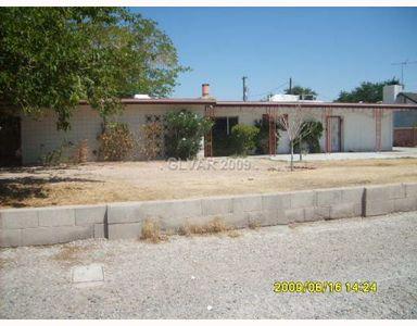 5054 Sawyer Ave Las Vegas Nv 89108 Public Property