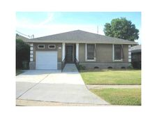 4429 Fairfield St, Metairie, LA 70006