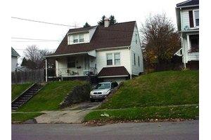 133 E Moody, New Castle 2nd, PA 16101