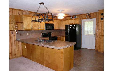 235 Mountain View Ln, Hayesville, NC 28904