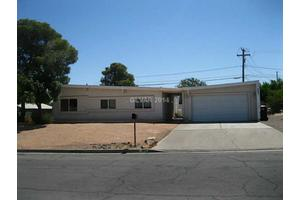 405 Blackridge Rd, Henderson, NV 89015