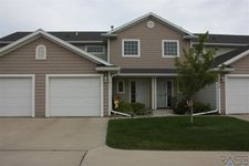1411 N Conifer Pl, Sioux Falls, SD 57107