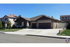 7102 W Avenue L4, Lancaster, CA 93536