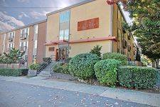3661 Phinney Ave N Apt 207, Seattle, WA 98103