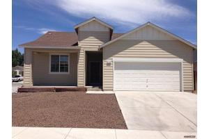1110 Shadow Ln, Fernley, NV 89408