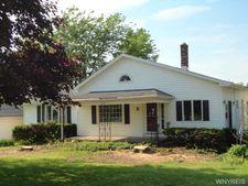 8427 Chestnut Ridge Rd, Royalton, NY 14067