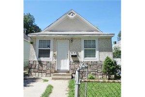 1606 Kensington Ave, Kansas City, MO 64127