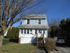 815 5Th St, Cresson, PA 16630