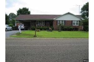 4690 Ralston Rd, Martin, TN 38237