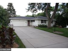 10039 Morris Rd, Bloomington, MN 55437