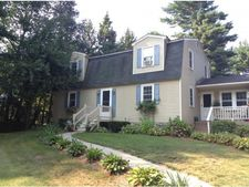 13 Cortland St, Londonderry, NH 03053