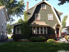 32 Freemont Rd, Rochester, NY 14612