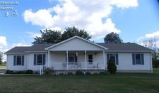 1 Maplewood Dr, Greenwich, OH 44837