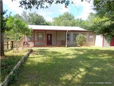 194 Autumn Ln, Defuniak Springs, FL 32433