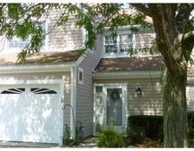 25 Drake Cir Unit 25, Walpole, MA 02081