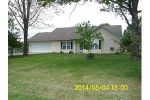 2507 E Susan Pl, Poplar Bluff, MO 63901