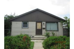 5759 N 95th St, Milwaukee, WI 53225