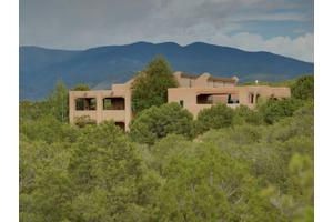 8 San Juan Ranch Rd, Santa Fe, NM 87506