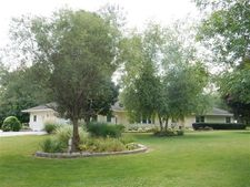570 290th St, West Branch, IA 52358