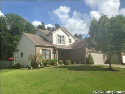 9811 Indian Falls Dr, Louisville, KY