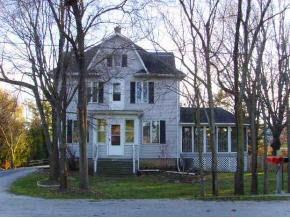 W1671 Saint Anna St, New Holstein, WI
