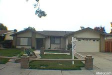 1972 Santa Fe Dr, Stockton, CA 95209