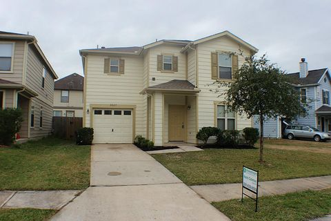 21627 Mossey Pines Ct, Humble, TX 77338