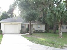 1110 Lucas St, Leesburg, FL 34748