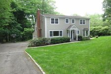 29 Coventry Ln, Riverside, CT 06878