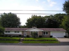 112 Whipporwill Ave, Trail Creek, IN 46360
