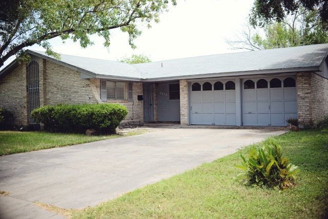 1515 maple st kingsville tx 78363 home for sale and