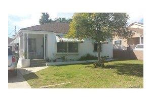 7637 Radford Ave, North Hollywood, CA 91605