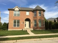 779 Lyster Rd, Highwood, IL 60040