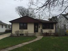 105 N Charles Ave, Villa Park, IL 60181