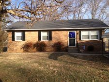 150 Steen Ave, Horse Cave, KY 42749