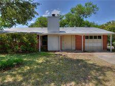 8414 Stillwood Ln, Austin, TX 78757