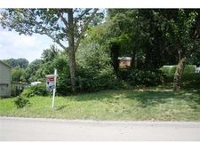 Lot 1 Cliffview Rd, Ross Twp, PA 15212