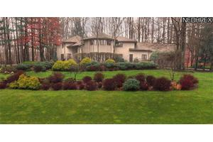 Photo of 20 River Mountain Dr,Moreland Hills, OH 44022