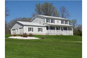 150 Sam Webb Rd, Fairfax, VT 05454