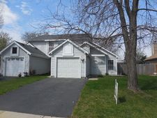 2120 Brittany Ct, Glendale Heights, IL 60139