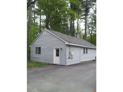 111 Chases Grove Rd, Derry, NH