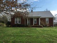 165 Maxwell Rd, Belvidere, TN 37306