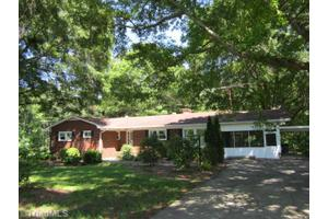 6246 Lake Brandt Rd, Summerfield, NC 27358