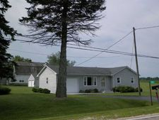 11056 Cunningham Rd, Winnebago, IL 61088