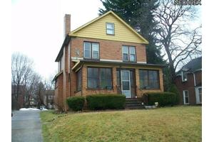 3939 Helena Ave, Youngstown, OH 44512