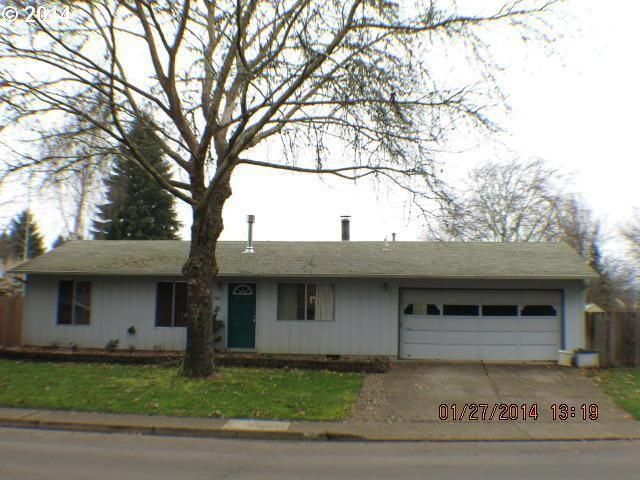 946 S R St Cottage Grove Or 97424