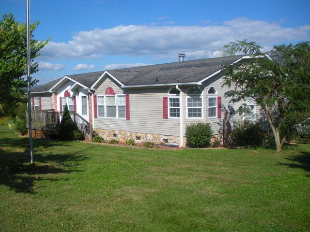 traphill guys Mobile home skirting in traphill, nc our prices are the best in traphill, nc skirting guys in traphill, nc, we offer a wide variety of mobile home skirting solutions all available at.