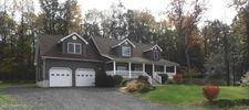 118 Jojo Rd, Bartonsville, PA 18321