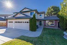 5005 Santa Barbara Ave, Sparks, NV 89436